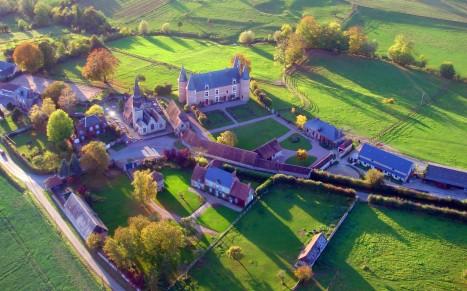 vue-aerienne-chateau.jpg